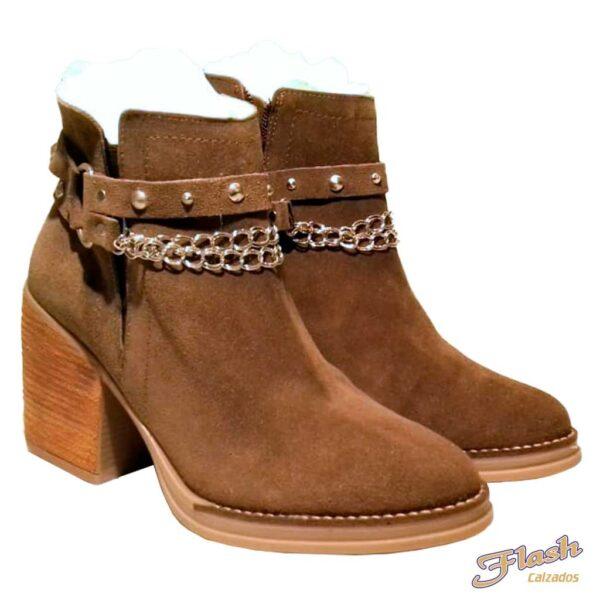 bota gamuza marron